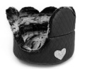 Eh Gia Heart Margherite Bed, Black